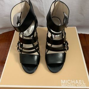 Michael Kors Open toe leather sandals